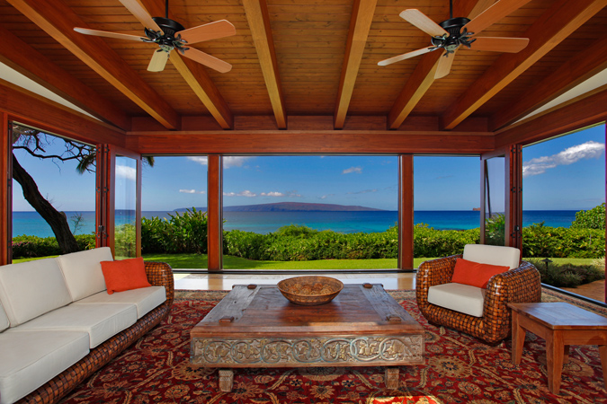 Only home fronting makena beach for sale at 22 million for Aloha package homes