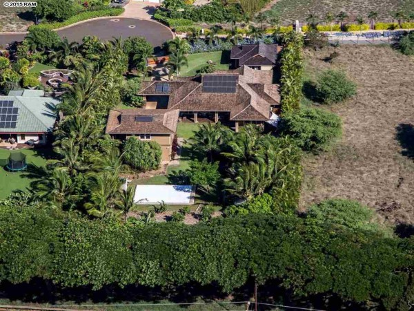 Spreckelsville Compound On Nearly An Acre The Maui Blog